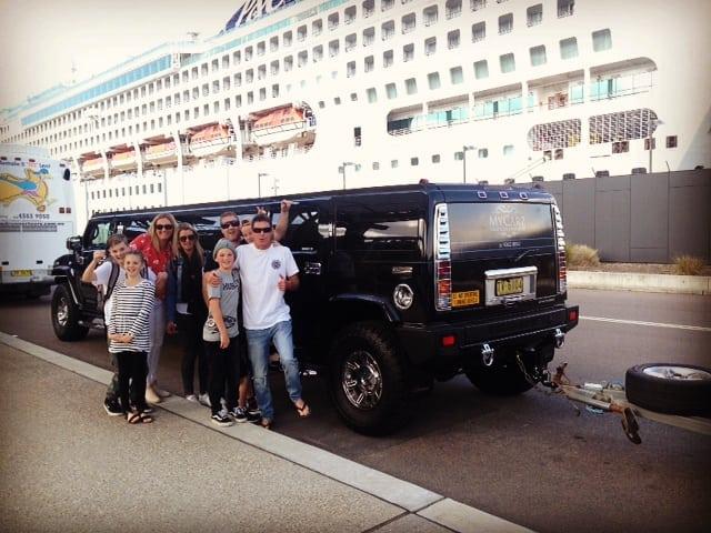 Black-Hummer-Cruise